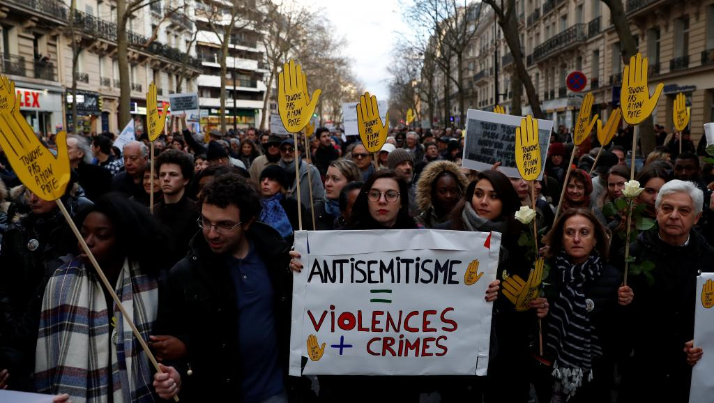 2018-03-28t173136z_1005614887_rc16c11a72b0_rtrmadp_3_france-crime-march_0