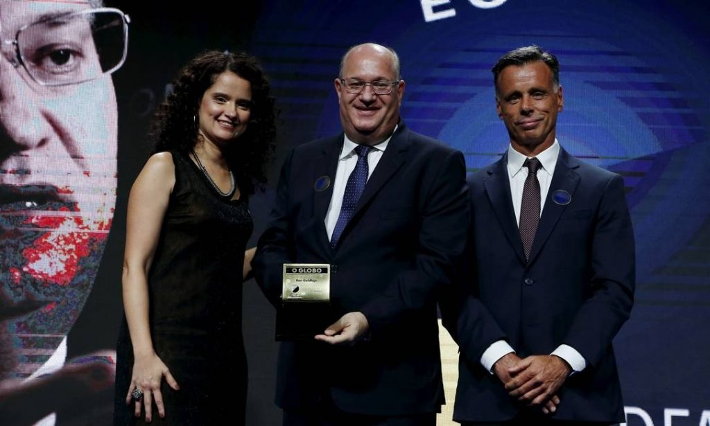 xCerimonia-de-entrega-do-Premio-Faz-Diferenca.jpg.pagespeed.ic.kfhhRs2w7B