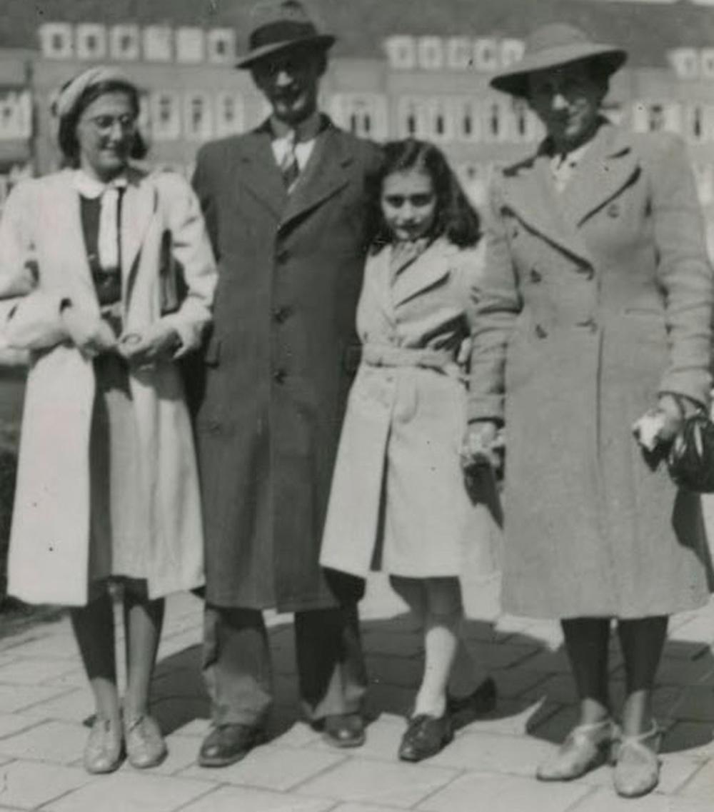 Anne-Frank-ganha-exposicao-on-linex