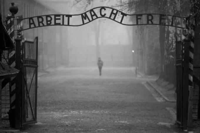 Auschwitzzz