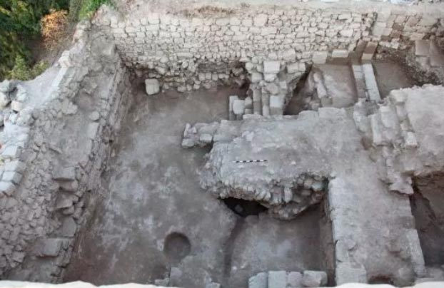 Maior-adega-da-epoca-das-Cruzadas-e-encontrada-em-Israel