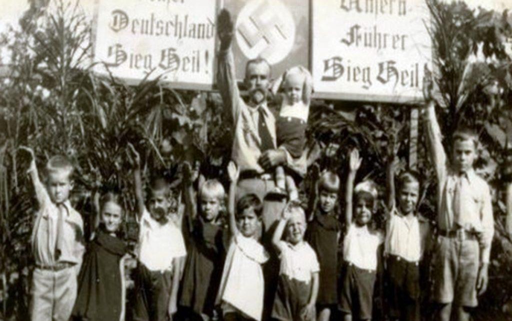 Brasil possui 334 células nazistas ativas