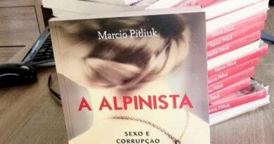 Marcio Pitliuk lança livro sobre a participação das mulheres no nazismo